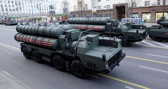 """الولايات المتحدة تحاول إقناع الهند بالتخلي عن شراء """"إس-400″ و""""سو-35"""""""
