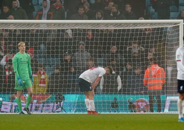 أستون فيلا يسحق صبية ليفربول بخمسة أهداف ويصعد إلى قبل نهائي كأس الرابطة