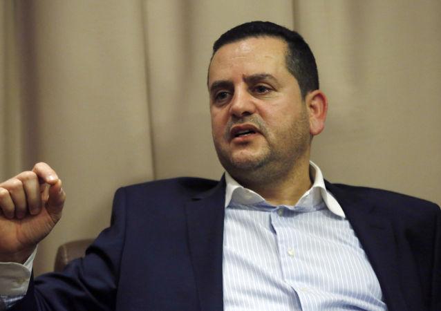 وزير الخارجية الليبي التابع للحكومة المؤقتة في بنغازي عبد الهادي الحويج