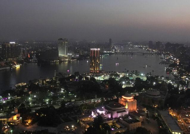 القاهرة ليلا - عاصمة جمهورية مصر العربية
