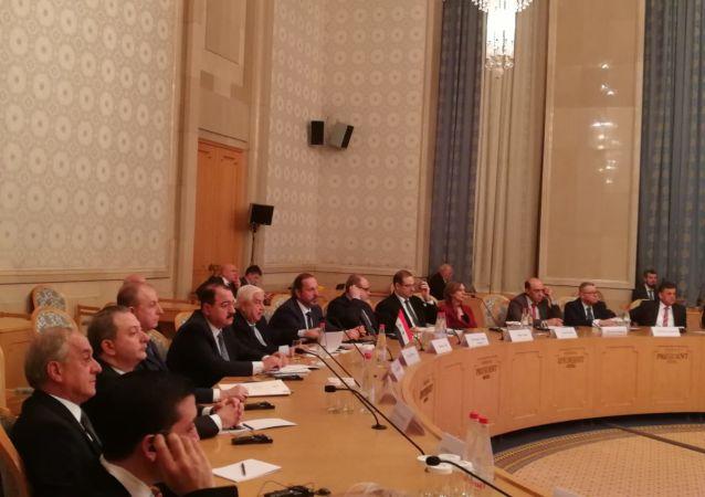 توقيع اتفاقيات بين روسيا وسوريا