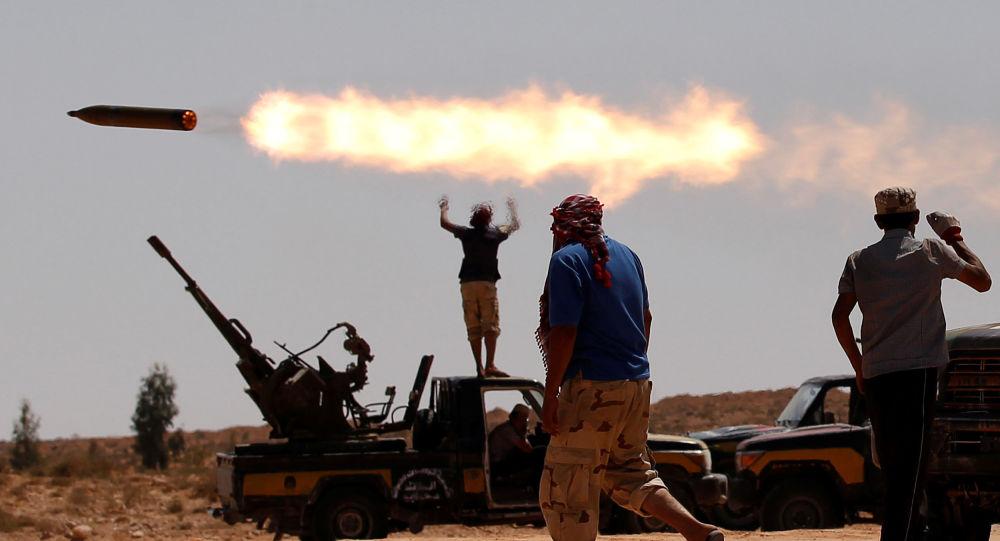 """أمريكا: على روسيا وتركيا """"وقف تحركاتهما"""" في ليبيا"""