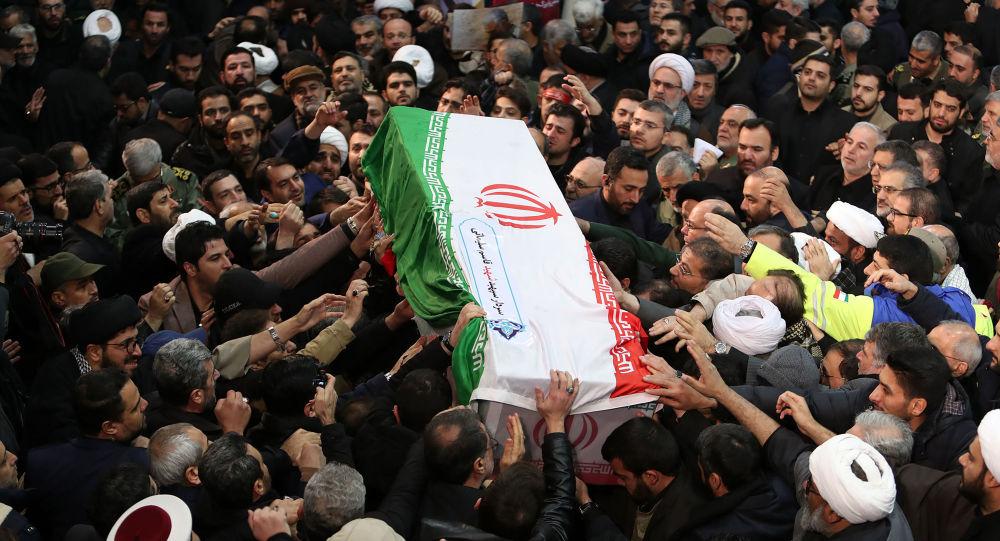 مراسم تشييع قائد قوات القدس بالحرس الثوري قاسم سليماني