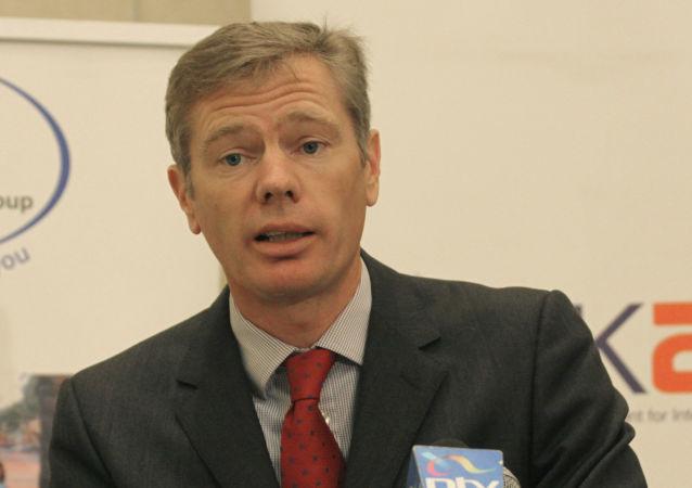 روب ماكير السفير البريطاني في إيران