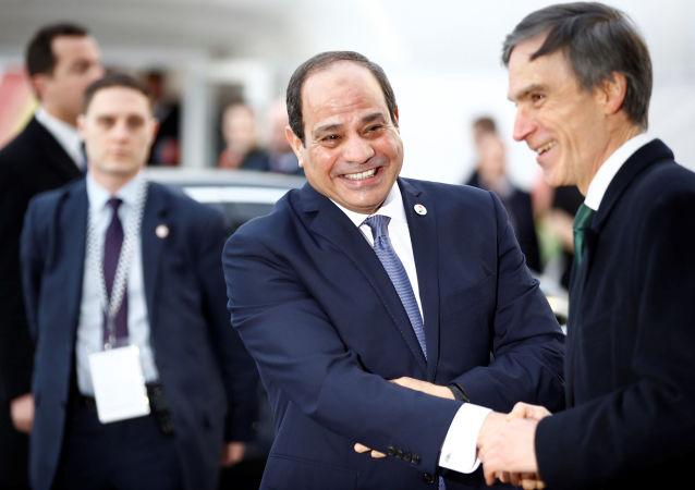 الرئيس المصري، عبد الفتاح السيسي، لحظة وصوله قمة أفريقيا - بريطانيا للاستثمار، لندن، المملكة المتحدة، 20 يناير/ كانون الثاني 2020
