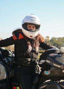 الرحالة العالمية إيلينا أكسنت تحقق حلمها بزيارة سوريا