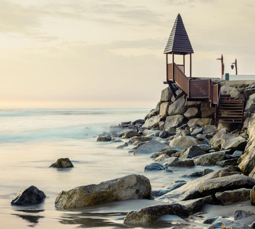 الصورة بعنوان البحر والبشر، لمصور من بيرو ديفيد مارتن هيواماني بيدويا، الذي تأهل إلى نهائي مسابقة فن البناء لعام 2019