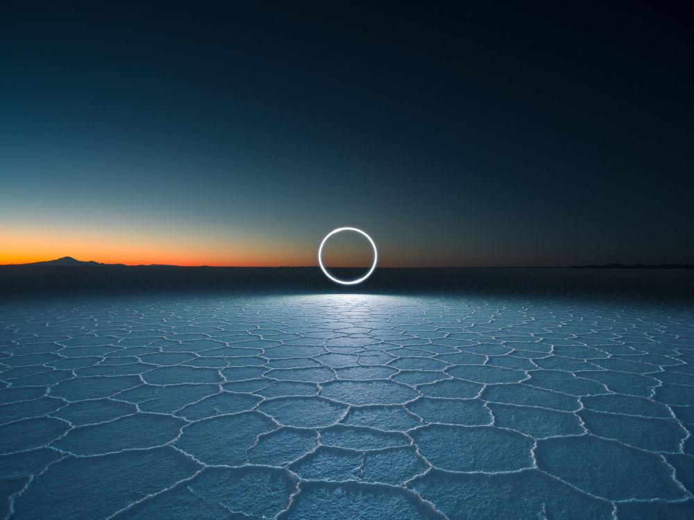 صورة بعنوان XT1876، من سلسلة مجال اللانهاية من قبل المصور البريطاني روبن وو، مُدرجة في القائمة القصيرة لجائزة سوني العالمية للتصوير 2020 في فئة ابداعي