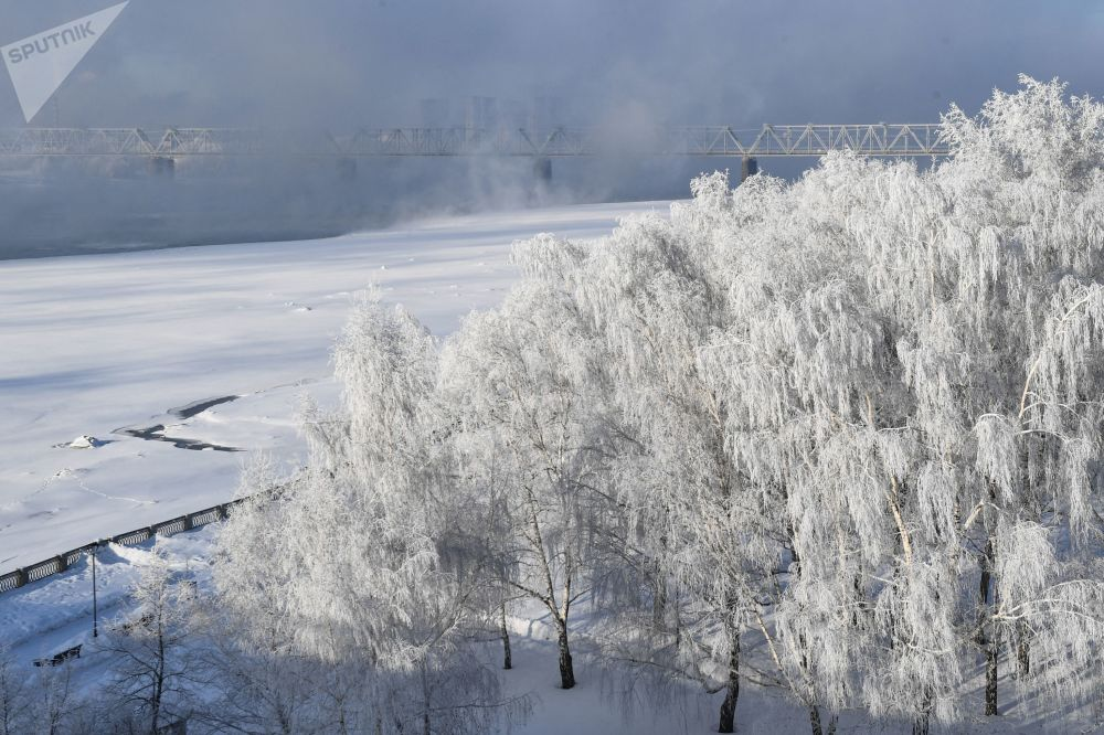 ضفة نهر أوب في نوفوسيبيرسك الروسية، 11 فبراير 2020