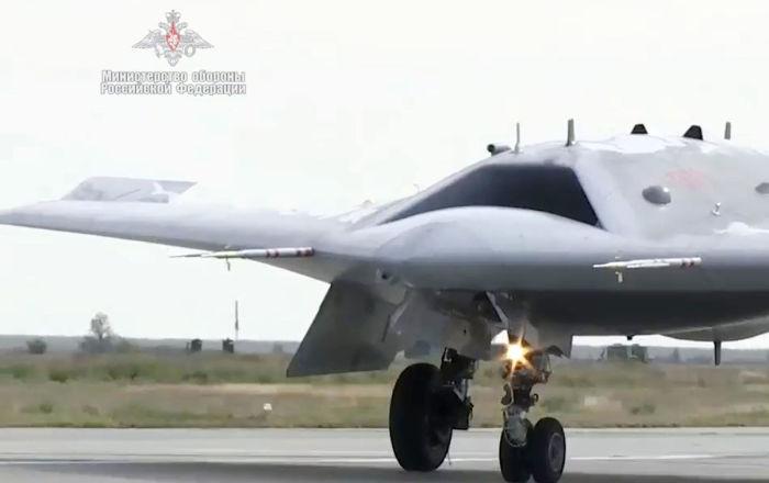 نائب وزير الدفاع الروسي: روسيا تولي اهتماما لتطوير الطائرات المسيرة الثقيلة