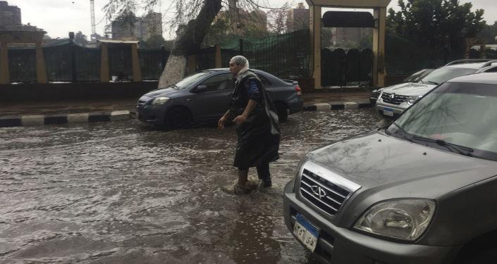 مصر... وفاة شخص و4 مفقودين في انهيار عقارين بسبب الأمطار