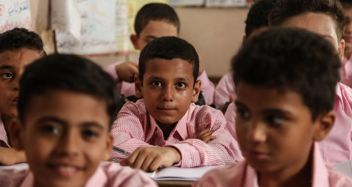 دبلوماسية بريطانية تتحدث عن تجربة مصرية في التعليم... صور