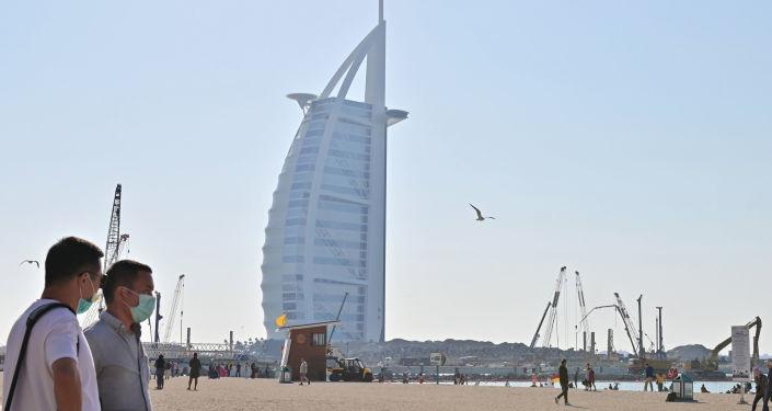 صحيفة: السلطات الإماراتية توقف لبنانيين دون أسباب أو سوابق