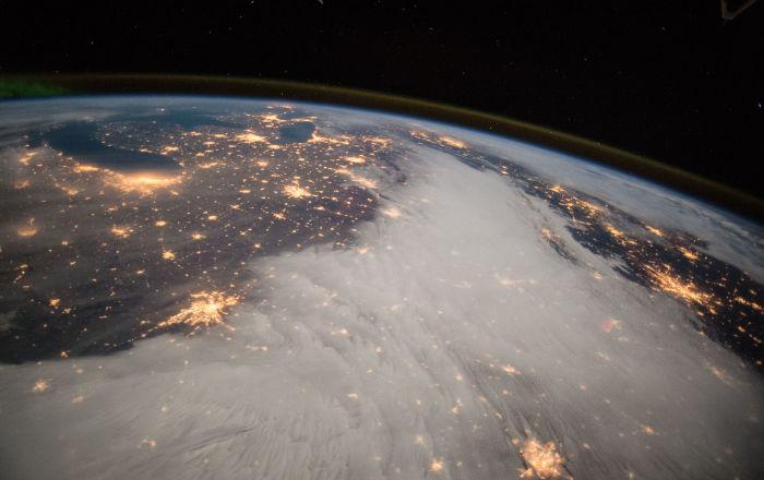 """علماء يلتقطون أول صورة للطاقة المظلمة و""""المقابر النجمية"""" في الكون.. صور وفيديو"""