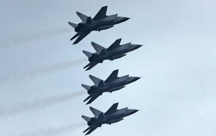الدفاع الروسية: العرض العسكري في الساحة الحمراء سيستمر ساعة ونصف