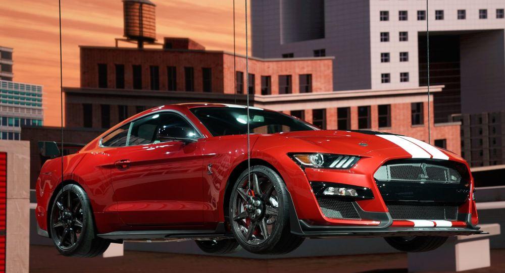 نقص الرقاقات العالمي يضرب واحدة من أكبر شركات تصنيع السيارات في العالم