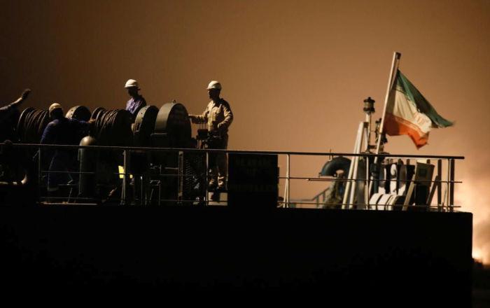 بعد فنزويلا... سفن إيرانية تستعد للانطلاق إلى لبنان محملة بالمساعدات