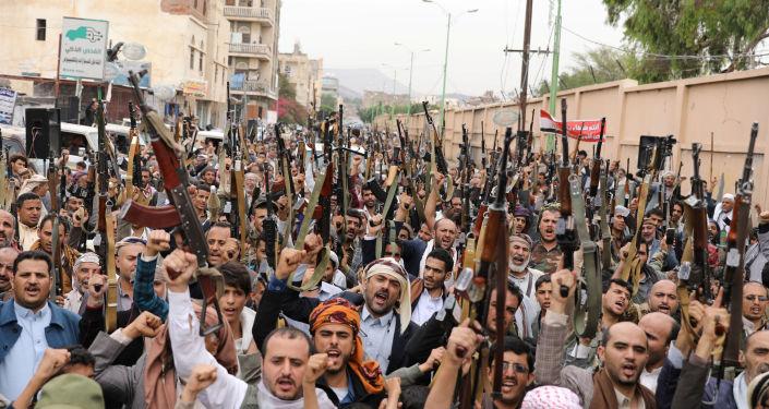 """5 تبعات محتملة لتصنيف واشنطن """"أنصار الله"""" منظمة إرهابية"""