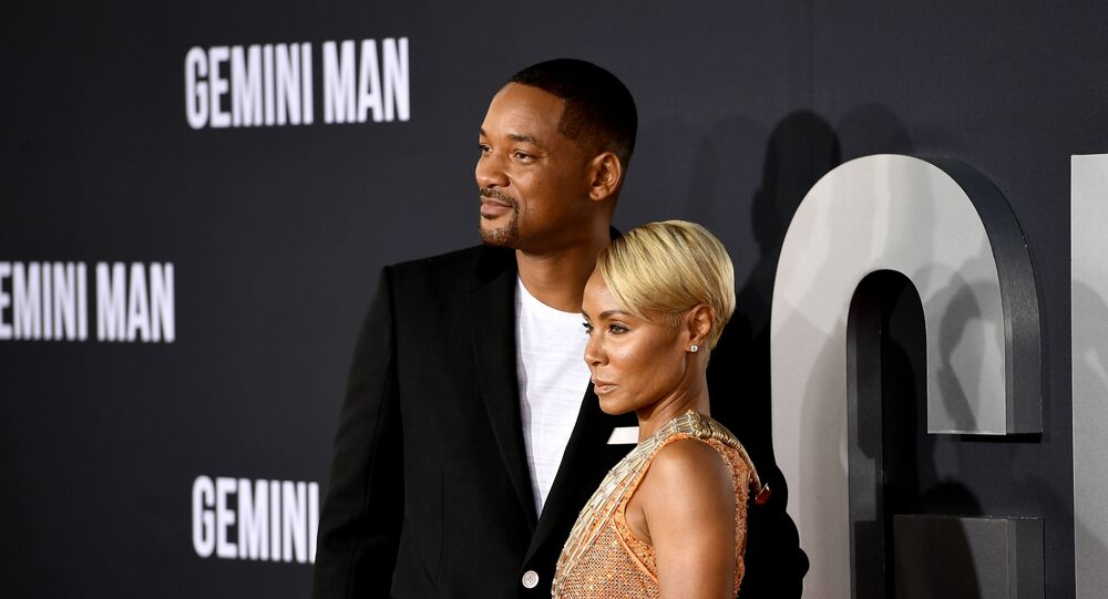الممثل الأمريكي ويل سميث مع زوجته الممثلة الأمريكي جادا بينكت سميث