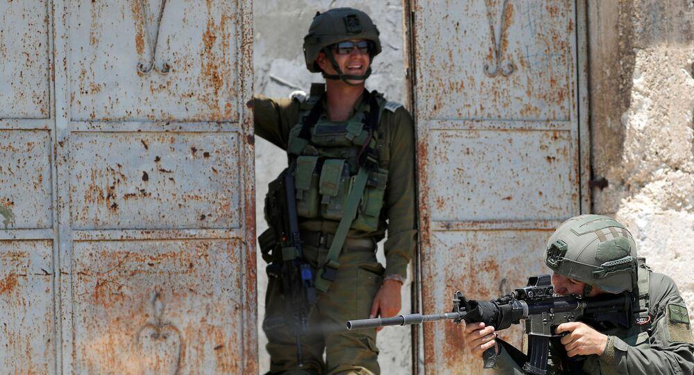 احتجاجات ضد خطة الضم الإسرائيلية لأراضي الضفة الغربية،عناصر القوات الإسرائيلية، في كفر قدوم بالقرب من نابلس،  يوليو 2020
