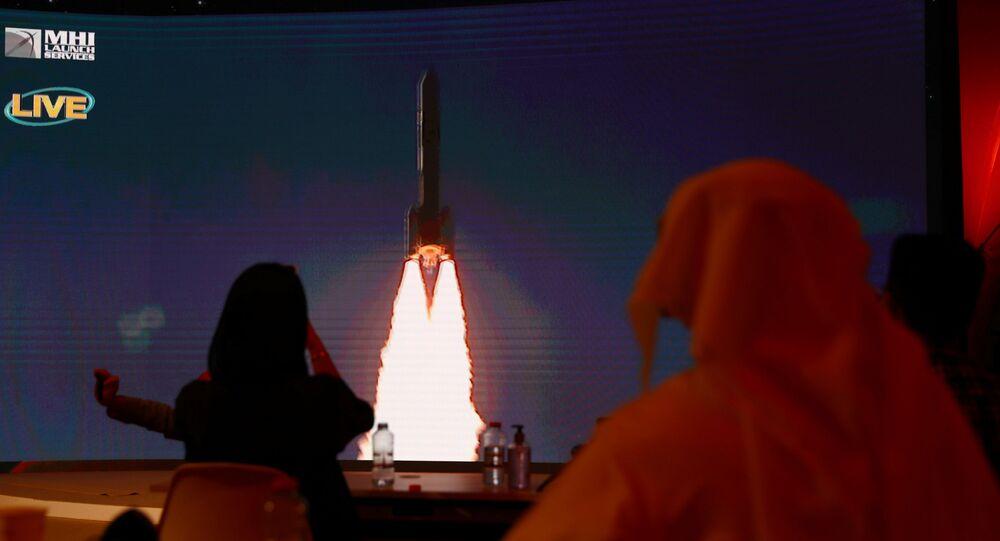 اللحظات الأولى لإطلاق مسبار الأمل الإماراتي نحو المريخ