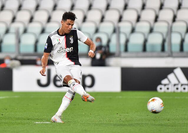 مباراة يوفنتوس ولاتسيو 2-1 في الدوري الإيطالي
