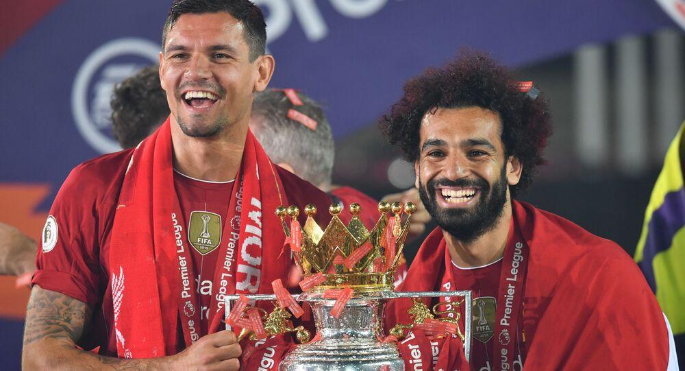 تتويج فريق نادي كرة القدم ليفربول بلقب البريمر ليغ، كأس بطولة الدوري الإنجليزي، إنجلترا 23 يوليو 2020