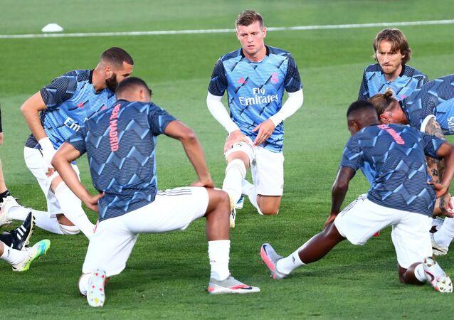 توني كروس ومجموعة من لاعبي ريال مدريد