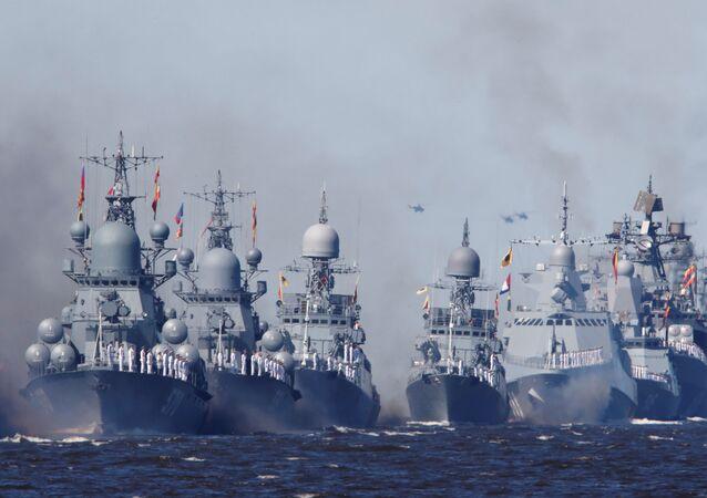 مراسم الاحتفال بيوم البحرية العسكرية الروسية في سان بطرسبورغ، روسيا 26 يوليو 2020