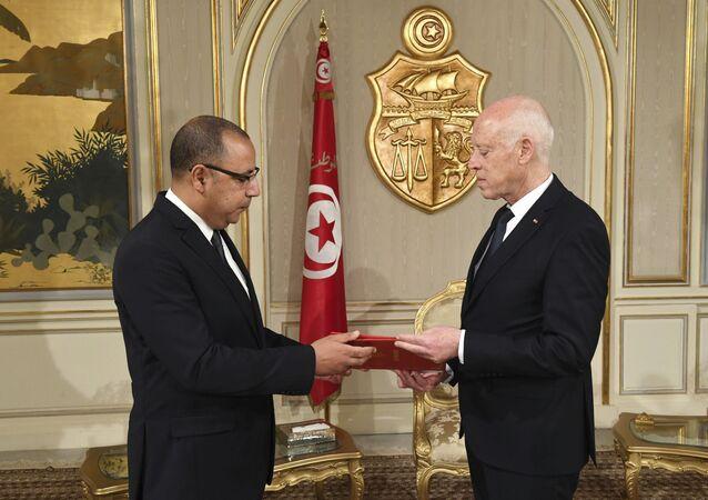 الرئيس التونسي قيس سعيد يكلف هشام المشيشي بتشكيل حكومة جديدة