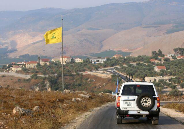 سيارة الأمم المتحدة في منطقة تصاعد التوتر العسكري على الحدود اللبنانية الإسرائيلية، قرية الخيام جنوب لبنان، إسرائيل 28 يوليو 2020