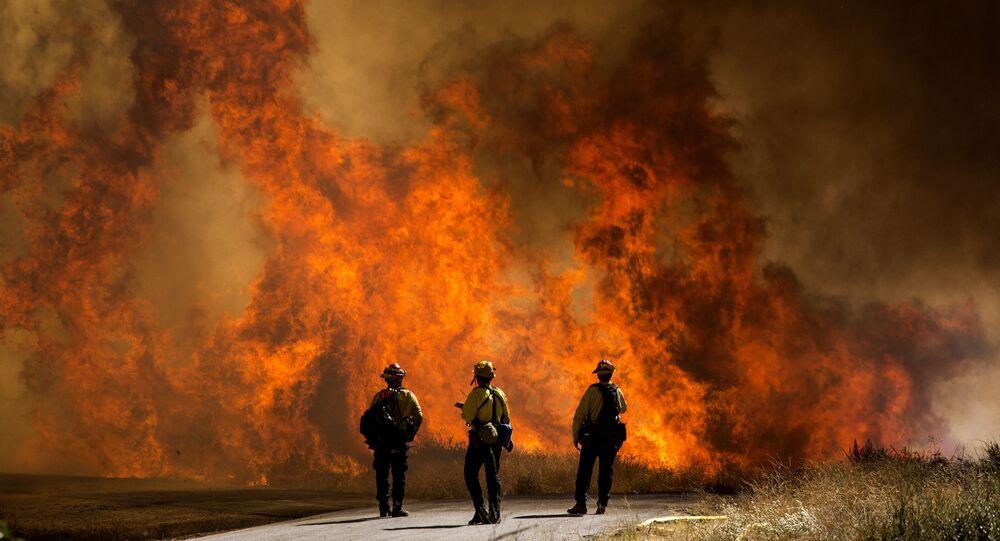 اشتعال حرائق الغابات في كاليفورنيا، الولايات المتحدة 2 أغسطس 2020