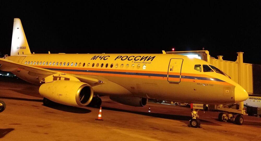 وصول الطائرة الروسية إلى مطار بيروت
