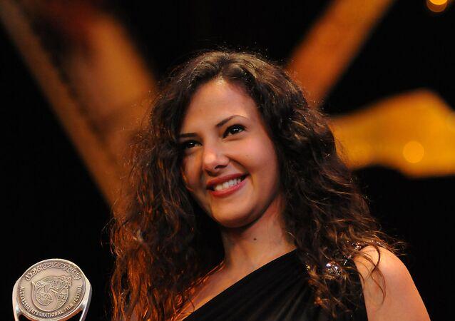 الفنانة المصرية دنيا سمير غانم