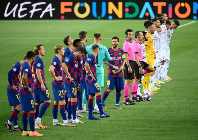 برشلونة ونابولي في دوري الأبطال