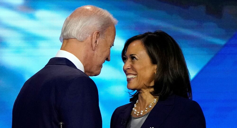 جو بايدن وكامالا هاريس