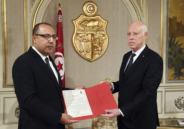 رئيس الحكومة التونسية المكلف هشام المشيشي خلال لقائه رئيس الجمهورية قيس سعيد