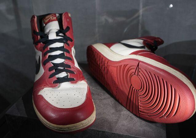حذاء مايكل جوردان