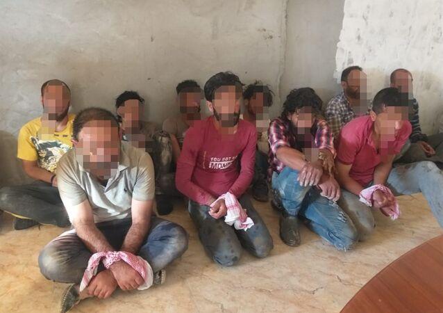 الجيش العراقي يحبط تسلل 100 إرهابي من سوريا