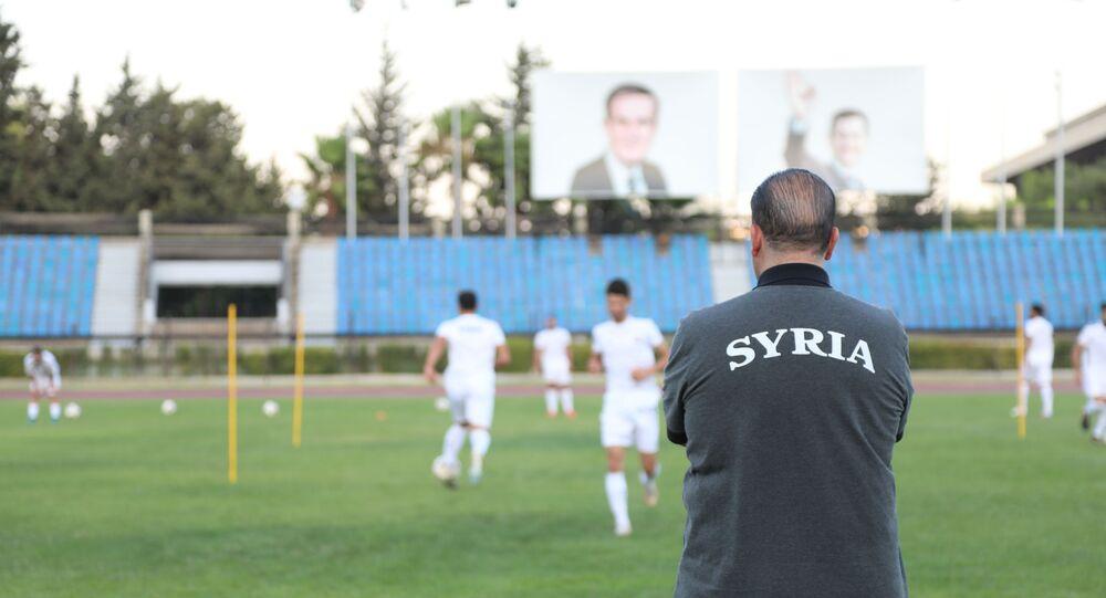 التونسي نبيل معلول مدرب المنتخب السوري لكرة القدم