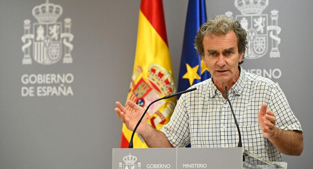 مدير مركز تنسيق حالات الطوارئ بوزارة الصحة الإسبانية، فرناندو سيمون