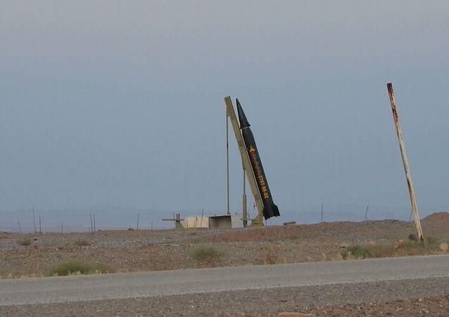 عرض الصاروخ الإيراني الجديد الشهيد الحاج قاسم، إيران