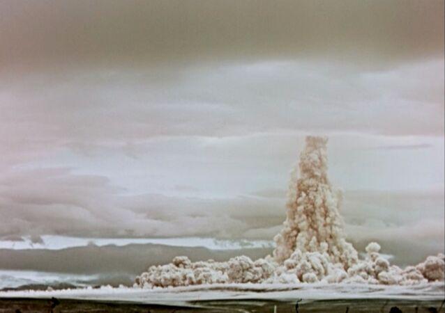 تجربة قنبلة القيصر، عام 1961
