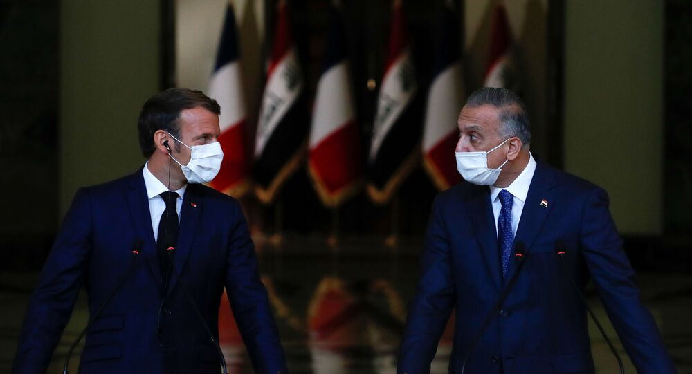 رئيس الوزراء العراقي مصطفى الكاظمي والرئيس الفرنسي إيمانويل ماكرون