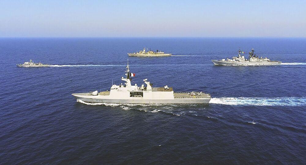 التوتر بين تركيا واليونان - سفن حربية يونانية وإيطالية وفرنسية وقبرصية، البحر الأبيض المتوسط، 31 أغسطس 2020
