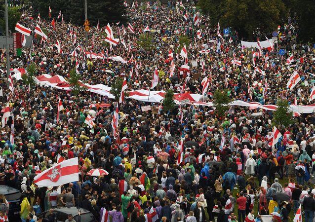 مسيرة الوحدة في مدينة مينسك، بيلاروسيا، 6 سبتمبر 2020