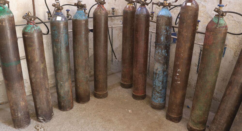 ناشطون حلبيون ينشؤون مصنع أوكسجين لدعم العلاج المنزلي لمصابي كورونا