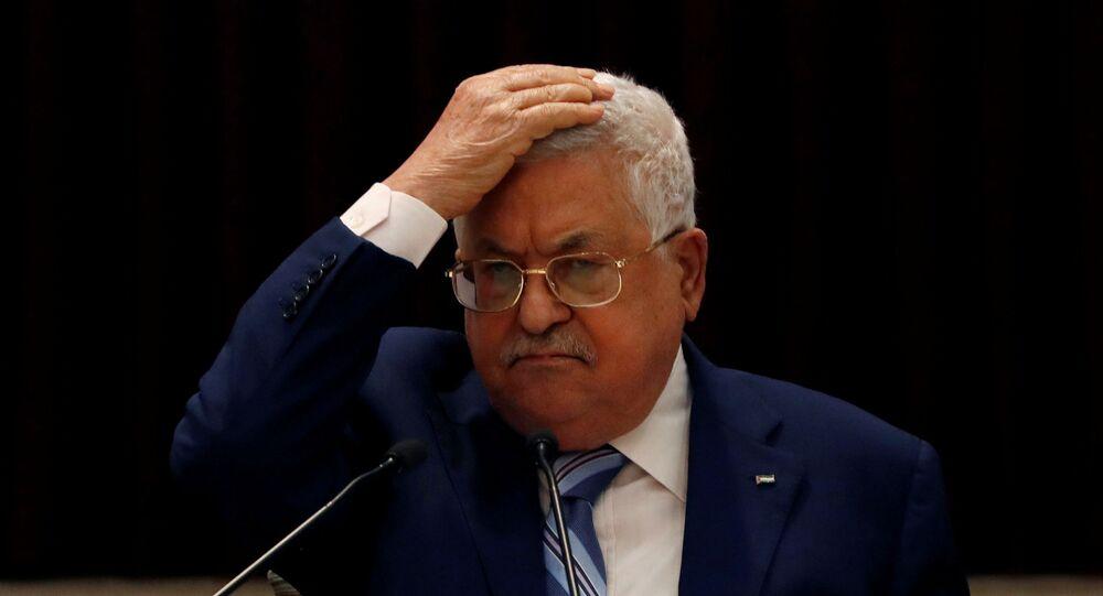 الرئيس الفلسطيني محمود عباس خلال اجتماع حول اتفاق السلام بين الإمارات وإسرائيل، رام الله، الضفة الغربية، فلسطين 8 سبتمبر 2020