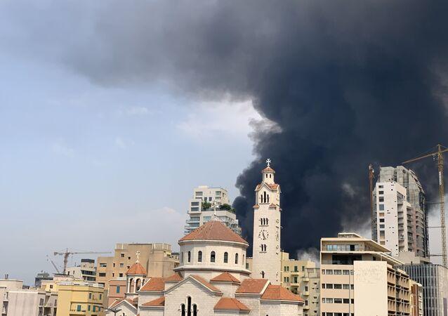 حريق كبير في مرفأ بيروت، لبنان 10 سبتمبر 2020