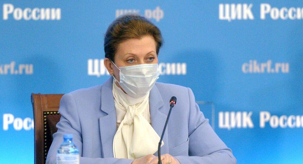 رئيسة هيئة حماية المستهلك الروسية روس بوتريب نادزور، آنا بوبوفا